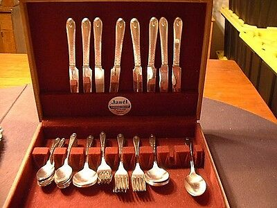 Vintage 1940 Rogers & Brothers 47 Piece Silver Plated Flatware Service