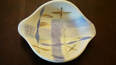 """Sascha Brastoff Nut/Chips/Candy Dish Approx. 7"""" x 5.5"""" x 2""""high. MINT CONDITION"""