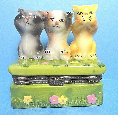 Porcelain See No Evil, Hear No Evil Speak No Evil  Cats Hinged Trinket Box
