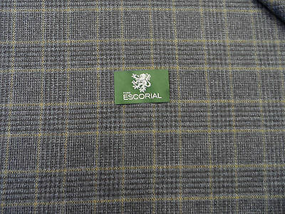 100% Escorial Wool Suiting Fabric( Length 2.50 Mt)
