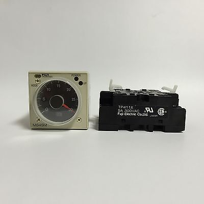 Fuji Electric Super Timer MS4SM CE 24V DC AC 0.6s 60h with base Brand New