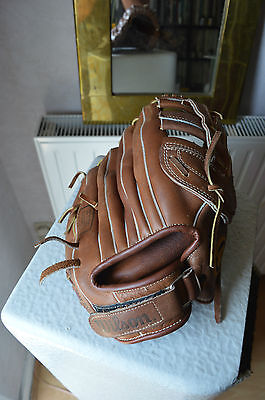 Gant Baseball Wilson Brand of The Pro American Cowhide Force 2 Hold Tite Strap
