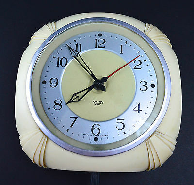 1930s Smiths Sectric Clock Cream Bakelite Electric Lounge Kitchen Horology Clock