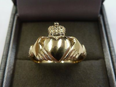 New 9ct Solid Yellow Gold Claddagh Ring Size O, 3.2 grams