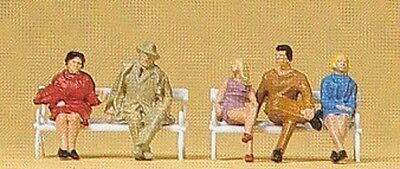 PREISER 14101 1:87 HO SCALE Sitting People On Benches x 5