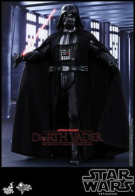 Star Wars A New Hope Darth Vader 1:6 Figure with Interrogator Droid Hot Toys - O