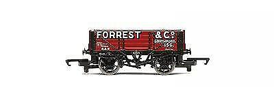 Hornby R6593 Forrest & Co. 4 Plank Wagon NEW