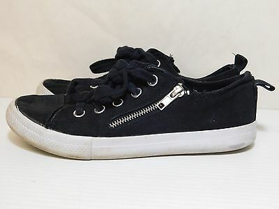 Aeropostale Black sneakers women size 7M Zip up and Lace (15680)