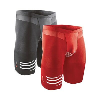 Triathlon Short V2 Herren Compressport Tri TR3 mit multigradueller Kompression