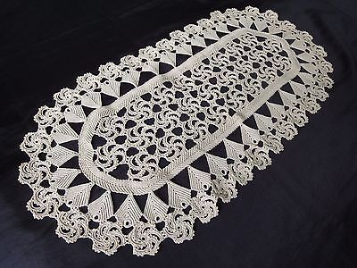 Fine Floral Vintage Handmade Oval Cotton Crochet Tablecloth in Ecru Colour