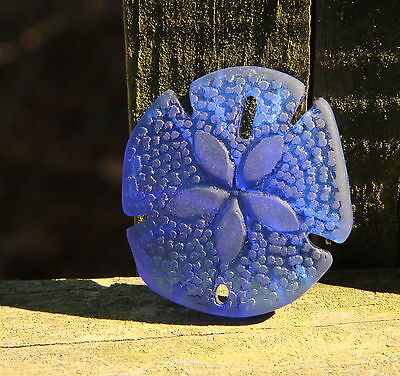 Large Sea Glass Sand Dollar Pendant Bead ROYAL BLUE 40 x 36 mm.