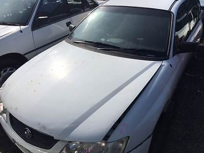 WRECKING Holden Commodore VY 2003