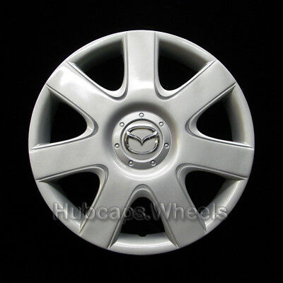 Mazda3 15-inch hubcap 2005-2006 - Professionally Reconditioned