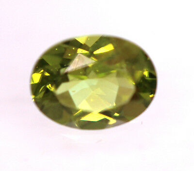 2,13 ct Superbe Peridot du Pakistan