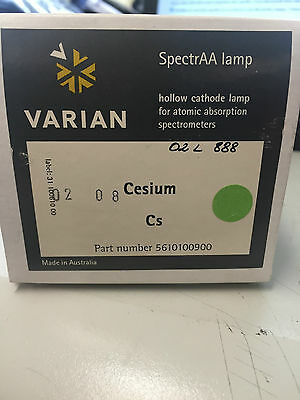 Varian 5610100900 	Cesium (Cs) uncoded single element hollow cathode lamp