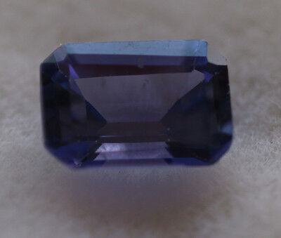 0,82 ct Superbe Tanzanite AAA+