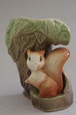 VINTAGE EASTGATE WITHERNSEA FAUNA CUTE SQUIRREL VASE c1950's