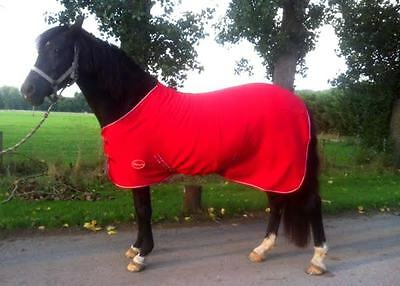 HEAVY FLEECE HORSE RUGS **5 Colours** CHOICE OF SIZES SHOW RUGS ON SALE PRICE !