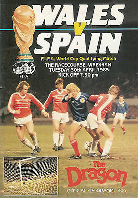 Wales v Spain - World Cup Qualifier 30 Apr 1985  Wrexham FOOTBALL PROGRAMME