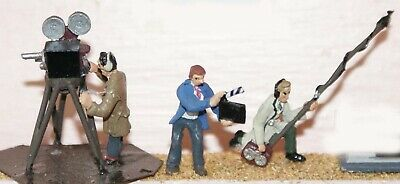 OO Scale Model Kits 1:76 F151: Film Camera and Sound Crew Unpainted