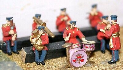 Langley Models Seated Band-Civil Uniform 8 figures OO Scale UNPAINTED Kit F107