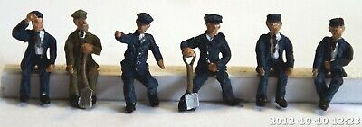 Langley Models Loco driver fireman seated 6 figures OO Scale UNPAINTED Kit F119a