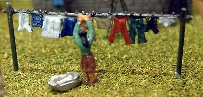 N Scale Unpainted Langley Models Kit Washing Line And Figure A62
