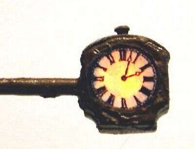 N Scale Unpainted Langley Models Working Light Illuminated Clock D19