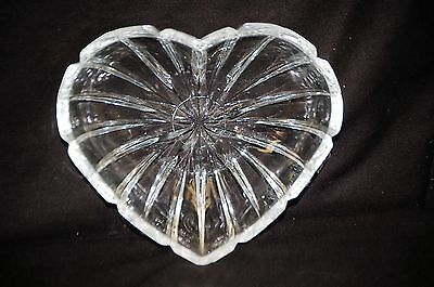 Old Vintage Clear Glass Candy Nut Dish w Heart Shaped Pattern Ribbed Glassware