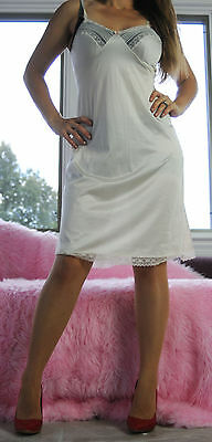VTG JCPenney Ivory Shiny Nylon Fancy Scalloped Lace Full Slip Dress sz 34 12