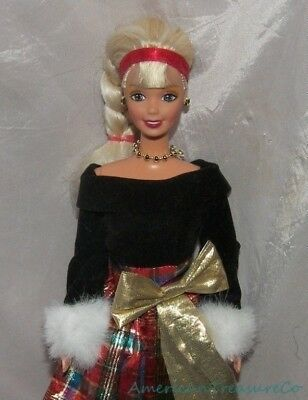 2000 BARBIE HOLIDAY SINGING SISTERS Doll Generation GIrl w/Green Eyes Plaid Gown