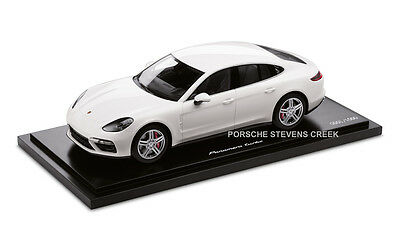20270848b221 Porsche Panamera Turbo G2 GII Diecast Model Car 1 18 Scale Limited Edition  White