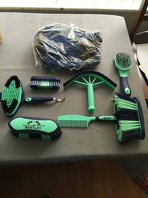 Slip Not By Bentley Deluxe Pro 9 Piece Horse Grooming Kit Brush Set Carry Bag