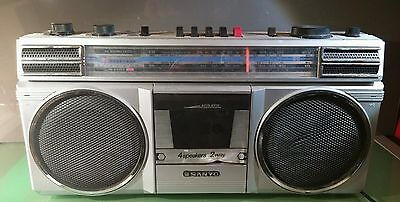 Sanyo MB9810K Boombox Ghetto Blaster Poor Condition