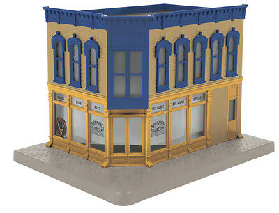 MTH 30-90475 O Scale, Corner Building w/Blinking Sign - Norman's Taxidermy