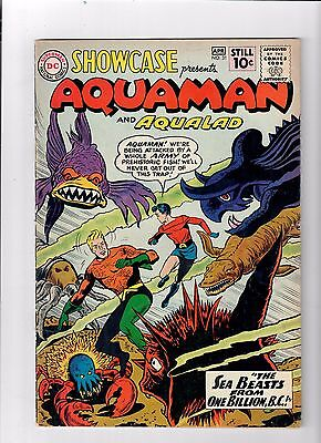 SHOWCASE #31 Grade 7.0 Silver Age  (1961) find starring Aquaman & Aqualad!