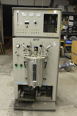 New Brunswick   Fermenter   CMF-128S REACTOR