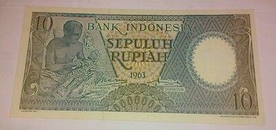 1963 INDONESIA 10 Rupiah WOOD CARVER BANKNOTE , Cat. No. P-89 , CRISP UNC. !!!!!