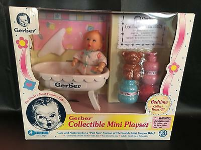 "Toy Biz 1997 Gerber Collectible Mini Bedtime Playset Pint Size 4"" Doll"
