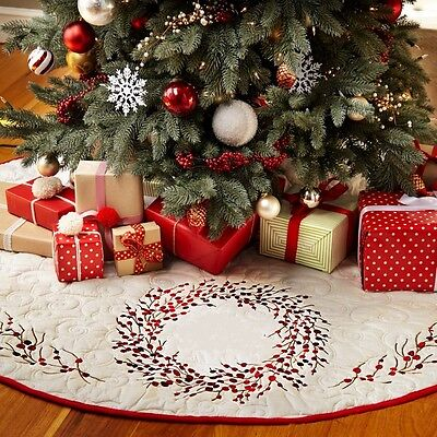 Red Berry Wreath Embroidered Tree Skirt : Berries White Christmas Quilted Snow