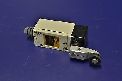 **CLEARANCE** Omron Limit Switch Model HL 5000 - New
