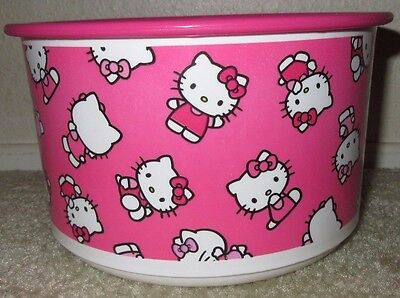 EUC TUPPERWARE Hello Kitty 1.5q Large Stackable Canister Pink One Touch Seal Lid