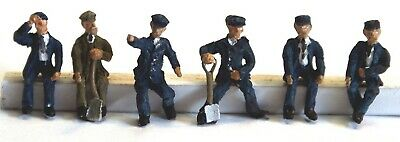 Loco drivers & fireman 6 seated figures OO Scale Made Painted Model F119ap