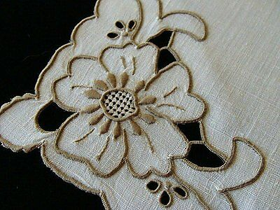 "FAB12 PRISTINE Vtg MADEIRA Ivory Linen Napkins 17"" Hand Embroidered Cutwork"