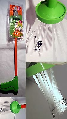 The Buzz Spider Catcher Insect Bug Trap Long Reach 2 Foot Gift Tool Poison Free