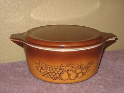 Vintage Pyrex Ovenware Old Orchard Casserole Dish Model 475-B 2.5 Qt. with Lid