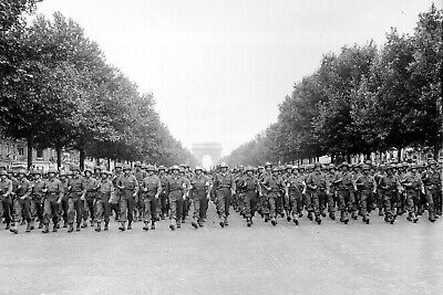 1944-WW 2-American 28th Infantry Troops March Champs Élysées in Victory Parade