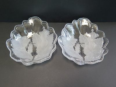 4 Japan Made Savoir Vivre Crystal Bowls With Frosted Hibiscus Motifs