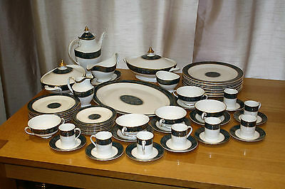 Royal Doulton Carlyle Dinner service collection.  Pattern No. H5018