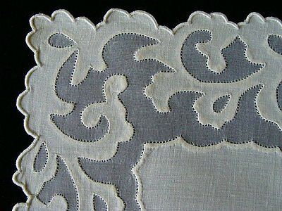 GORGEOUS 24 pc Vtg MADEIRA Linen Organdy Placemats Hand Embroidered Applique
